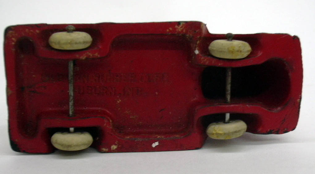 Auburn Rubber red 1938 International COE Cab-Over-Engine open bed toy truck
