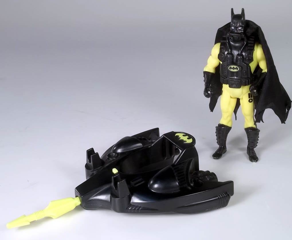 Deep Dive Batman Returns 1991 Kenner Action Figure COMPLETE + Cardback