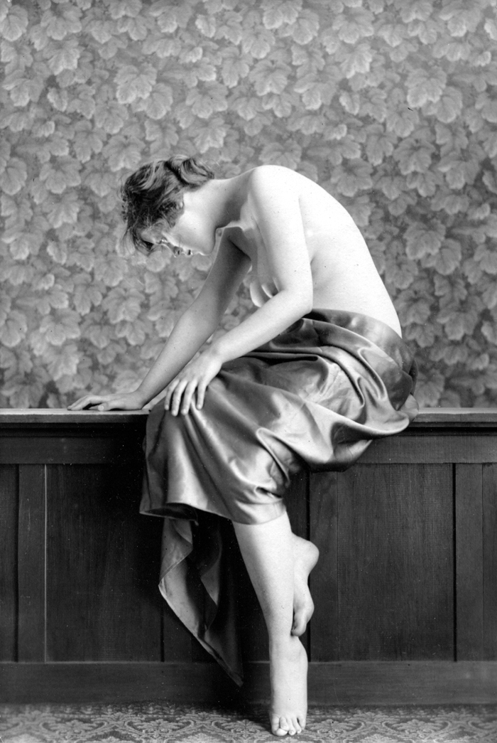 Image for Silk-wrapped 1920s nude 8x10 Albert Arthur Allen photo